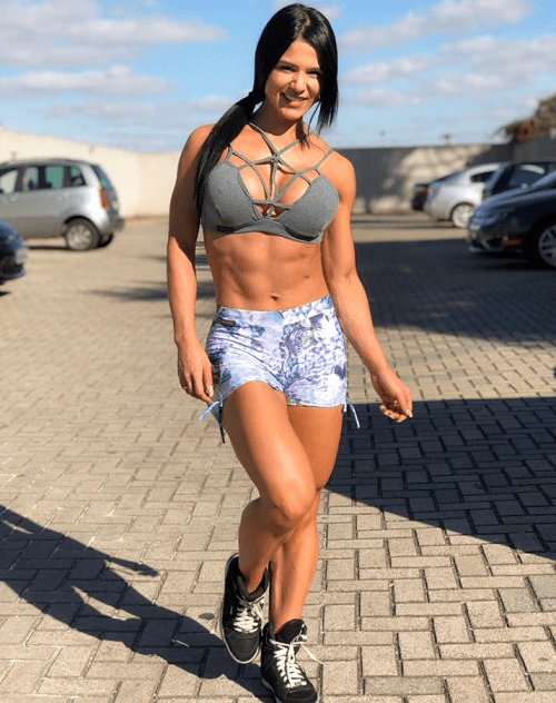 Is Eva Andressa Natural?