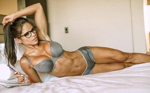Michelle Lewin lean